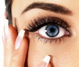 gallery/wimperextensions-oog-met-hand2_resized